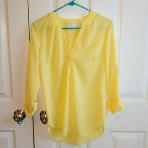 XS Yellow long sleeve NWOT // NY & Company